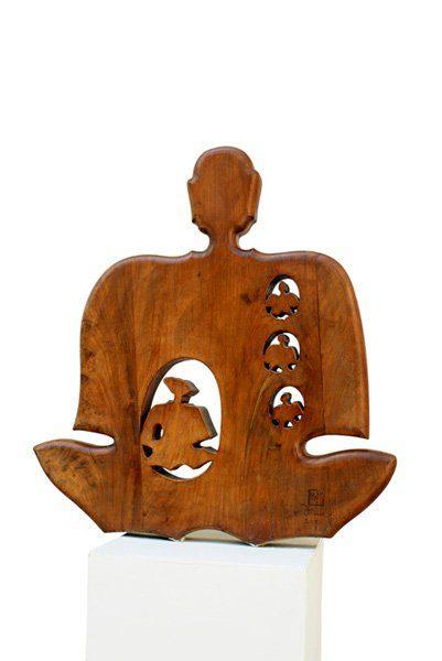 """LEBADANG, """"Bouddha"""", 2006, sculpture, bois du Viêt Nam, 100 x 90 cm. Fondation d'Art Lebadang, Huế, Viêt Nam. Droits réservés."""
