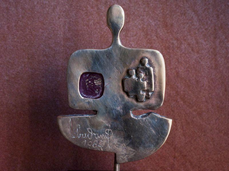 """LEBADANG, """"Personnage"""", 1982, bronze. Myshu Lebadang, Paris, France. © Luc HO."""